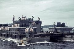 Фото-3.-Немецкая-быстроходная-десантная-баржа-на-Ладоге-1942-год.