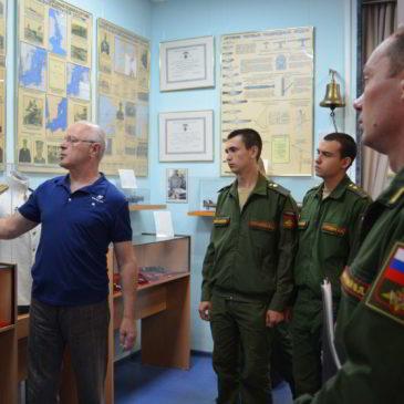 Военнослужащие Южного военного округа в Музее.