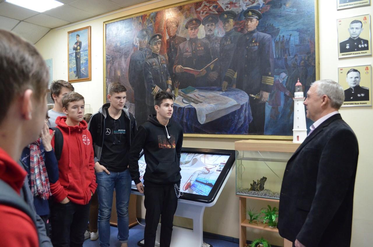 Офицеры Русского императорского флота на службе новой России.   Александр Николаевич Бахтин.